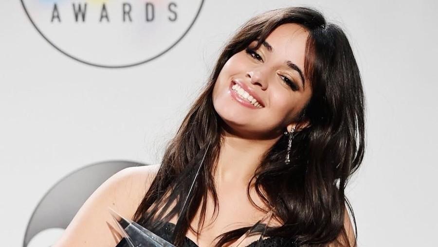Lirik Lagu Liar - Camila Cabello