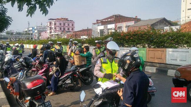 Polda Metro Jaya akan memulai operasi Zebra 2020. Dalam operasi ini ada lima pelanggaran yang menjadi prioritas sasaran polisi.
