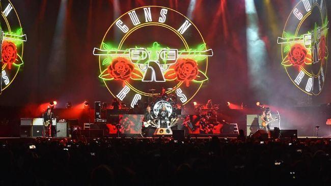 Dikenal sebagai salah satu band legendaris dunia, Guns N Roses disebut akan menampilkan setlist terbaik mereka malam ini, Kamis (8/11) di Jakarta.