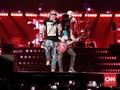 FOTO: Tiga Jam Nostalgia Bersama Guns N Roses