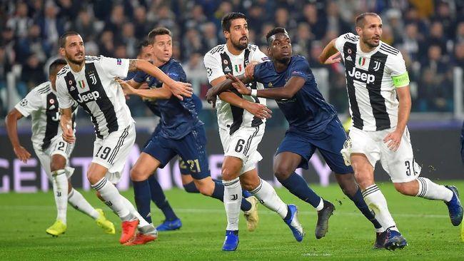 Duel sengit Juventus vs Manchester United berakhir imbang 0-0 pada babak pertama lanjutan Liga Champions di Stadion Allianz, Turin, Kamis (8/11) dini hari WIB.