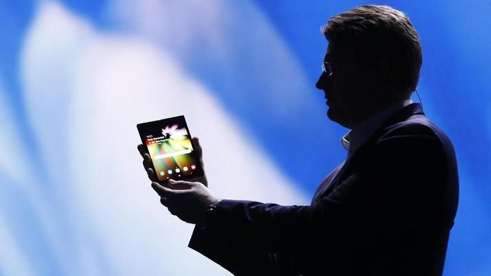 Begini Canggihnya Galaxy Fold, Ponsel Samsung Layar Lipat