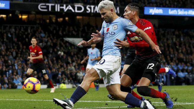 Sergio Aguero jadi pemain Manchester City yang wajib diwaspadai Manchester United dalam derby Manchester di Old Trafford.
