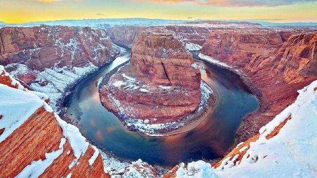 Musim dingin memberi pemandangan lebih magis ke sejumlah objek wisata, begitu juga dengan Situs Warisan Dunia UNESCO.