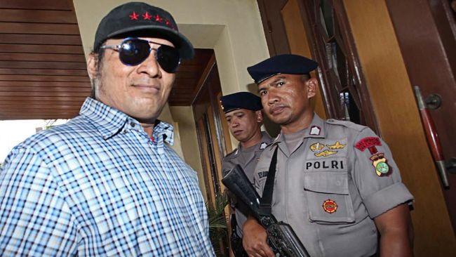Proses persidangan terdakwa kasus pembunuhan dan penganiayaan, John Kei mengungkap sejumlah informasi mulai dari target pembunuhan hingga kronologi penyerangan.