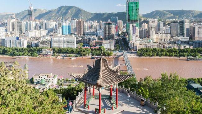 Ribuan orang di Kota Lanzhou, China, dinyatakan positif mengidap penyakit Brucellosis akibat terinfeksi bakteri.