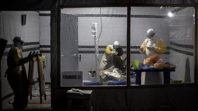 Dari wabah ebola di Guinea yang berakhir setelah 4 bulan hingga junta militer Myanmar keberatan atas resolusi PBB. Inilah kilas internasional pada Senin lalu.