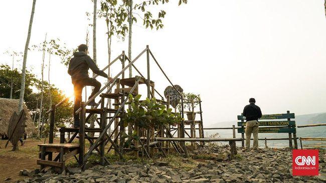 Kawasan Geopark Ciletuh-Palabuhanratu memiliki sekitar 20 Ranger yang disebar ke lokasi-lokasi wisata andalan.