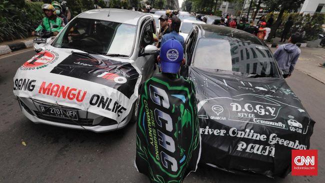 Gojek menanggapi rencana Gubernur Bali larangan taksi online beroperasi di wilayahnya.