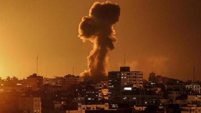 Balas Roket Hamas, Israel Gempur Jalur Gaza dari Udara