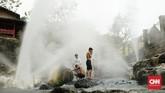 Kawasan Wisata Geopark Ciletuh-Palabuhanratu memiliki banyak objek wisata, seperti air terjun, bukit, pantai, sampai sumber air hangat.