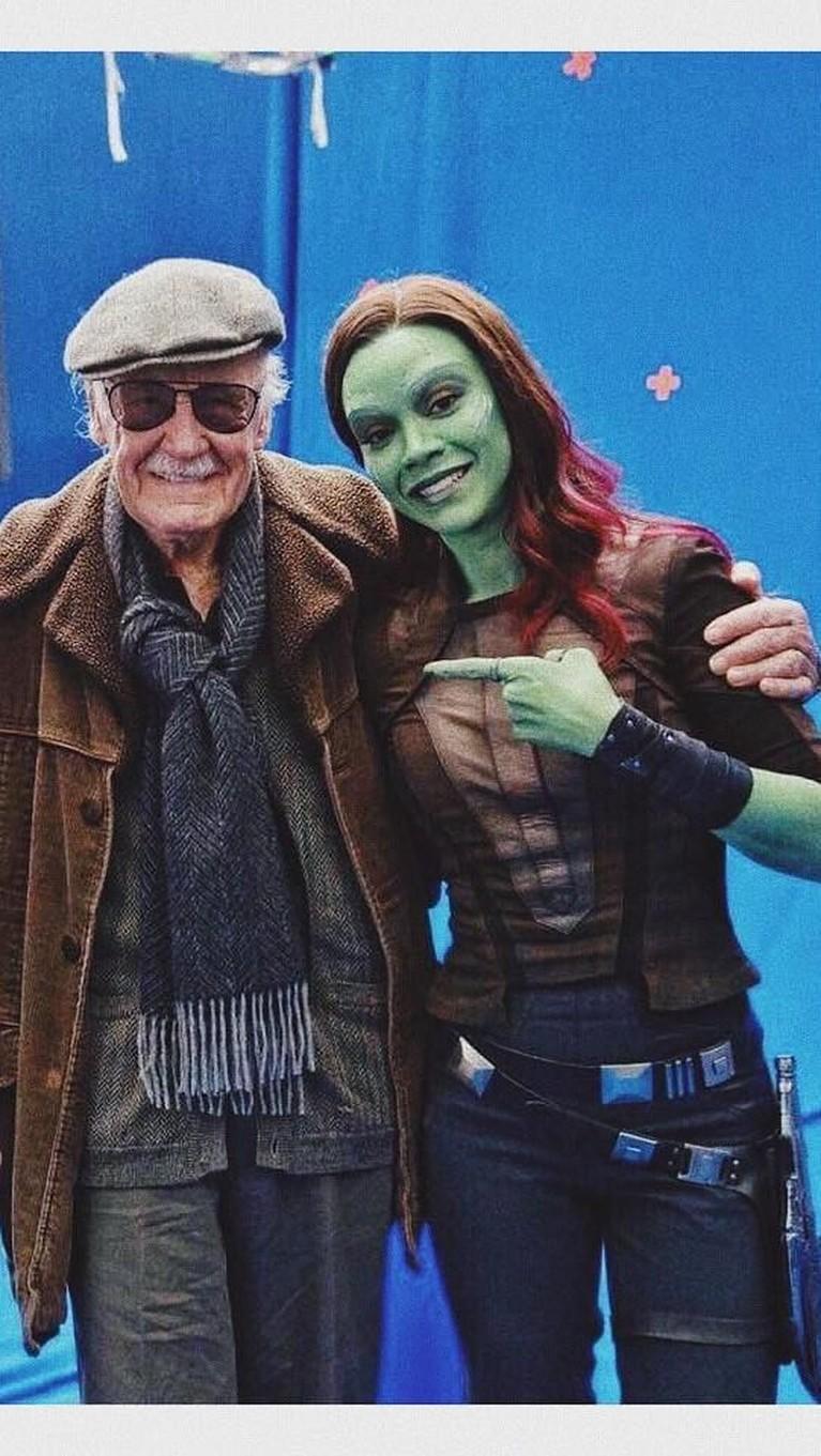 Zoe Saldana. Berperan sebagai Gamora di film Guardians of The Galaxy, Saldana juga mengucapkan kesedihannya atas kepergian Stan Lee. Saldana juga mengatakan sosok Lee adalah sebagai superhero untuk kita semua.