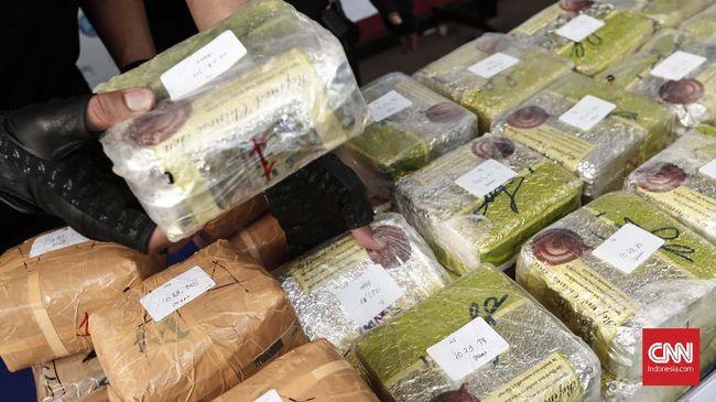 Seorang lelaki di Amerika Serikat ditahan karena menyelundupkan narkoba sebesar Rp5,6 miliar di dalam usus kambing,