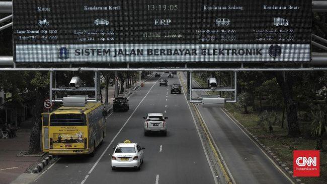 Dinas Perhubungan DKI Jakarta kembali mengajukan rancangan peraturan daerah (Raperda) mengenai jalan berbayar kepada DPRD DKI jelang beroprasi 2021.