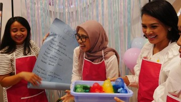 Keseruan Para Bunda Bikin Mainan untuk Playdate Si Kecil