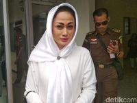 Permalink to Penghulu Tegaskan Tak Pernah Nikahkan BS dan Sisca Dewi