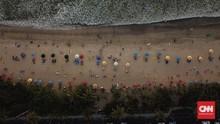 Pantai di Bali Mulai Dibuka, Maksimal 75 Orang per Titik