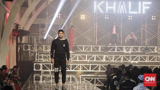 Ivan Gunawan meluncurkan busana pria bertajuk 'Khalif' yang berarti kesuksesan. Dia ingin pria yang memakainya dinaungi kesuksesan.