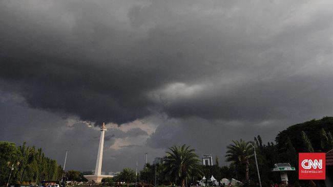 BMKG memprediksi hujan lebat terjadi di 17 provinsi, termasuk Jabar dan DKI Jakarta, pada Sabtu (20/2).