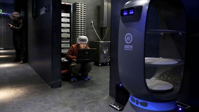 IDC menyebut AI atau kecerdasan buatan bisa menggantikan fungsi kerja manusia, tapi tidak menutup kemungkinan ciptakan kolabirasi dan buka peluang kerja baru.