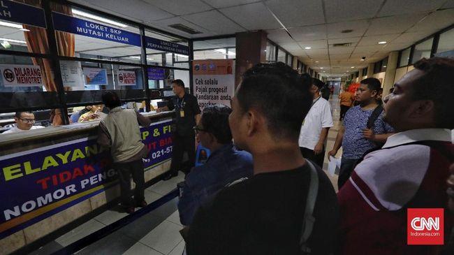 Kurang dari 2 bulan, warga Jakarta masih berkesempatan menikmati keringanan pajak yang memberikan diskon piutang pajak hingga 50 persen.