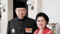 <p>Menikah di 1976, SBY dan Ani Yudhoyono tetap mesra ya. (Foto: Instagram @aniyudhoyono)</p>