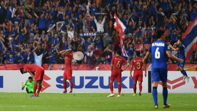 Timnas Indonesia seperti tidak mengambil pelajaran penting dari laga sebelumnya saat melawan Timor Leste ketika menghadapi Thailand di laga Piala AFF 2018.