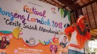 <p>Pada Sabtu (17/11/2018), diadakanlah sebuah Festival Dongeng Lombok 2018 'Cerite Sasak Mendunie', di Museum Negeri Nusa Tenggara Barat, Lombok, bersama anak-anak. (Foto: Amelia Sewaka)</p>