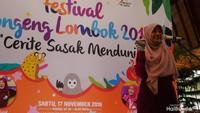<p>Ibu Gubernur Nusa Tenggara Barat (NTB), Niken Zulkiflimansyah, juga ikut mendongeng di hadapan anak-anak lho, Bun.</p>