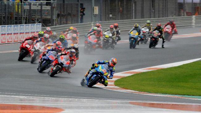 Andrea Dovizioso merasa kunci kemenangan di MotoGP Valencia 2018 adalah para pesaing yang tidak memacu motor dengan kecepatan tinggi.