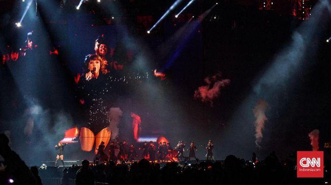 Konser Taylor Swift yang digelar Mei lalu disusupi teknologi pengenal wajah untuk mendeteksi penguntit penyanyi itu di antara para penonton.