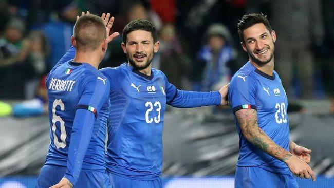 Timnas Italia dan Prancis meraih kemenangan tipis dalam laga uji tanding yang berlangsung Selasa (20/11) waktu setempat.