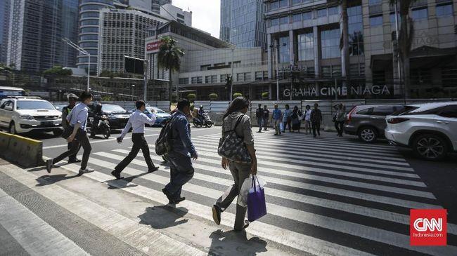 Sejumlah analis menyarankan pemerintah untuk menggeber peran APBN demi mengejar pertumbuhan ekonomi RI yang diproyeksi semakin lesu.