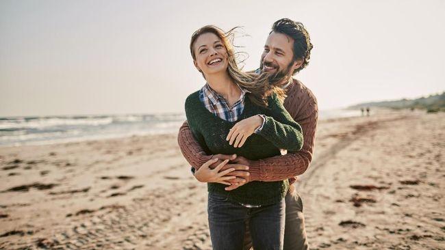 Penelitian terbaru menunjukkan panggilan sayang dengan menggunakan nama hewan bakal memperkuat hubungan romantis di antara pasangan.