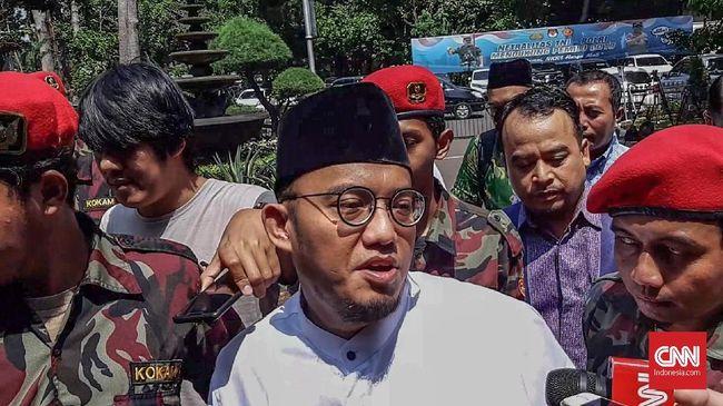 BPN mempersoalkan Jokowi dalam kunjungannya sebagai presiden, bukan capres. Namun pada saat yang sama TKN menggelontorkan dana untuk membeli sabun Rp2 miliar.