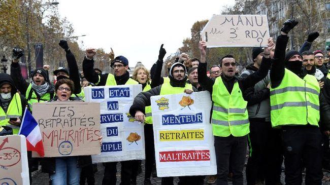 Kelompok Rompi Kuning di Prancis berjanji kembali berdemonstrasi akhir pekan ini, meski pemerintah sudah menunda kenaikan pajak bahan bakar.