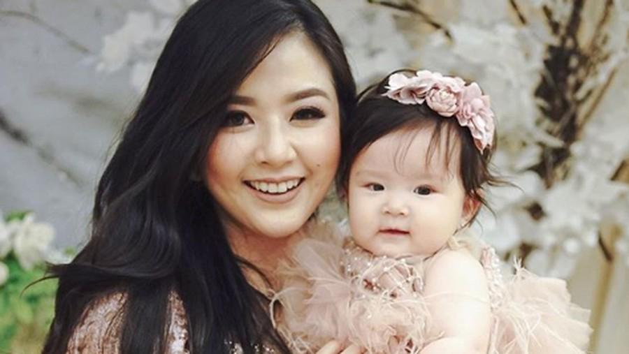 Permintaan Maaf Franda terkait Masalah Nama Bayi Mirip Sang Anak