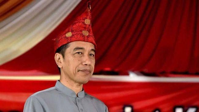 Survei PPI dan PRC menyebut masyarakat di enam daerah yang menjadi lumbung suara Prabowo-Sandi pada Pilpres 2019 lalu tak puas dengan kinerja Jokowi-Ma'ruf.