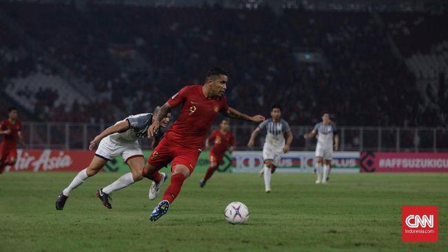 Penyerang Timnas Indonesia, Beto Goncalves, membayar rasa bersalah jauh dari anak selama persiapan Piala AFF 2018 dengan membelikan mainan untuk sang buah hati.