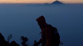 Terpeleset, Pendaki Gunung Piramid Ditemukan Meninggal