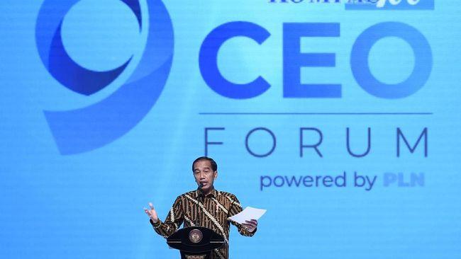 Presiden Joko Widodo minta pengusaha menyikapi dampak perang dagang antara AS dan China karena akan membuat investor mengalihkan dananya ke ASEAN dan Indonesia.