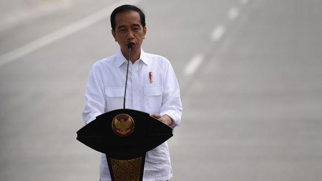 Presiden Jokowi meresmikan Ruas Tol Terbanggi Besar-Pematang Panggang-Kayu Agung (Terpeka) yang merupakan bagian Jalan Tol Trans Sumatera pada Jumat (15/11).