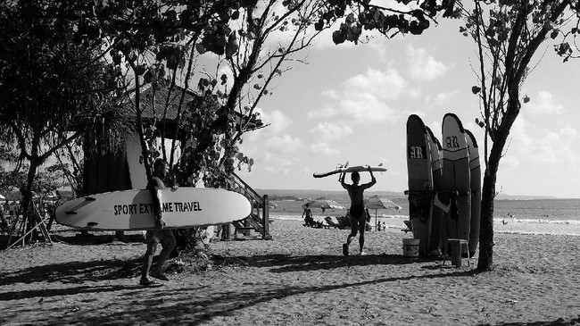 Berikut ini ialah kompilasi foto peserta kelas fotografi CNNIndonesia.com, Cekrak Cekrek, yang berlangsung di Bali pada 3 November 2018.