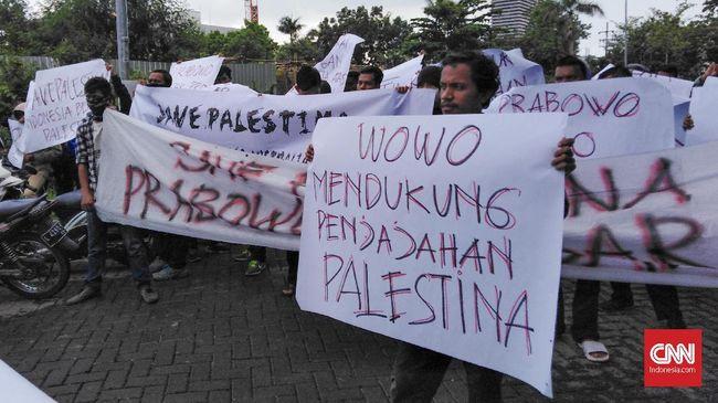 Kecewa atas pernyataan Prabowo soal rencana Kedubes Australia untuk Israel dipindah ke Yerusalem, massa aksi minta capres nomor urut 02 setop politisasi Islam.