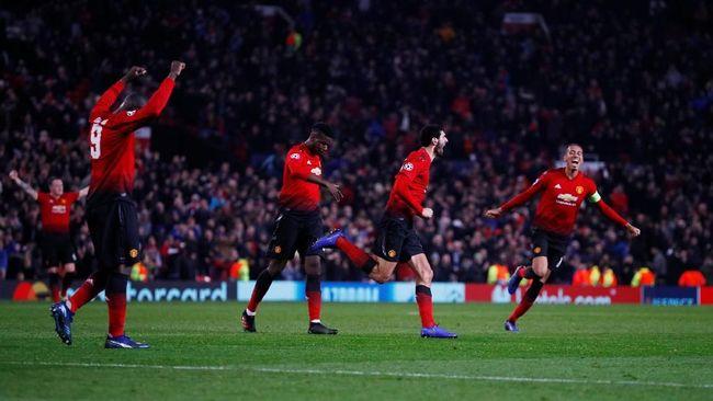 Sebanyak delapan tim sudah memastikan diri lolos ke babak 16 besar Liga Champions usai melakoni matchday kelima pada Rabu (28/11) dini hari.