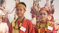 <p>Kalau ini salah satu baju adat dari Toraja, Sulawesi Selatan Bun. (Foto: Yuni Ayu Amida/ HaiBunda) </p>
