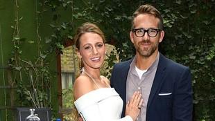 Cerita Ryan Reynolds dapat Hadiah Paling Mengesankan dari Istri
