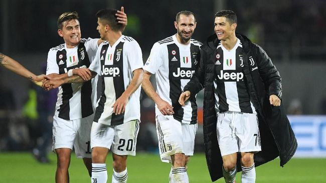 Juventus berhasil menaklukkan Fiorentina dengan skor telak 3-0. Berikut fakta menarik di balik kemenangan tersebut.