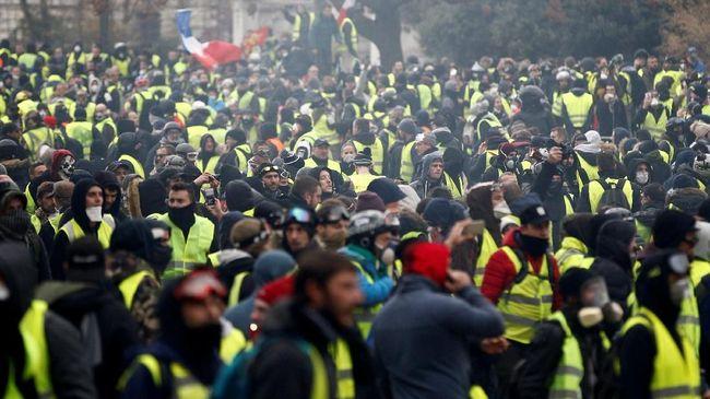 Sekitar 89 ribu personel polisi akan dikerahkan di seluruh Prancis di tengah kekhawatiran akan kerusuhan selama protes anti-pemerintah akhir pekan ini.
