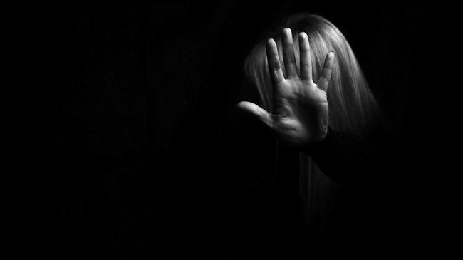 Pemprov DKI terus berupaya menekan tingkat kekerasan terhadap perempuan dan anak di ibu kota, mulai dari sosialisasi hingga bekerja sama dengan kepolisian.